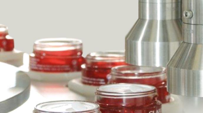 Machines de conditionnement pour parfums et cosmétiques